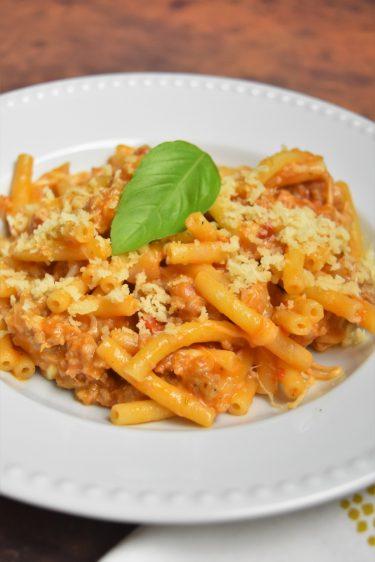 Macaroni à la viande, tomate et mozzarella de Cyril Lignac