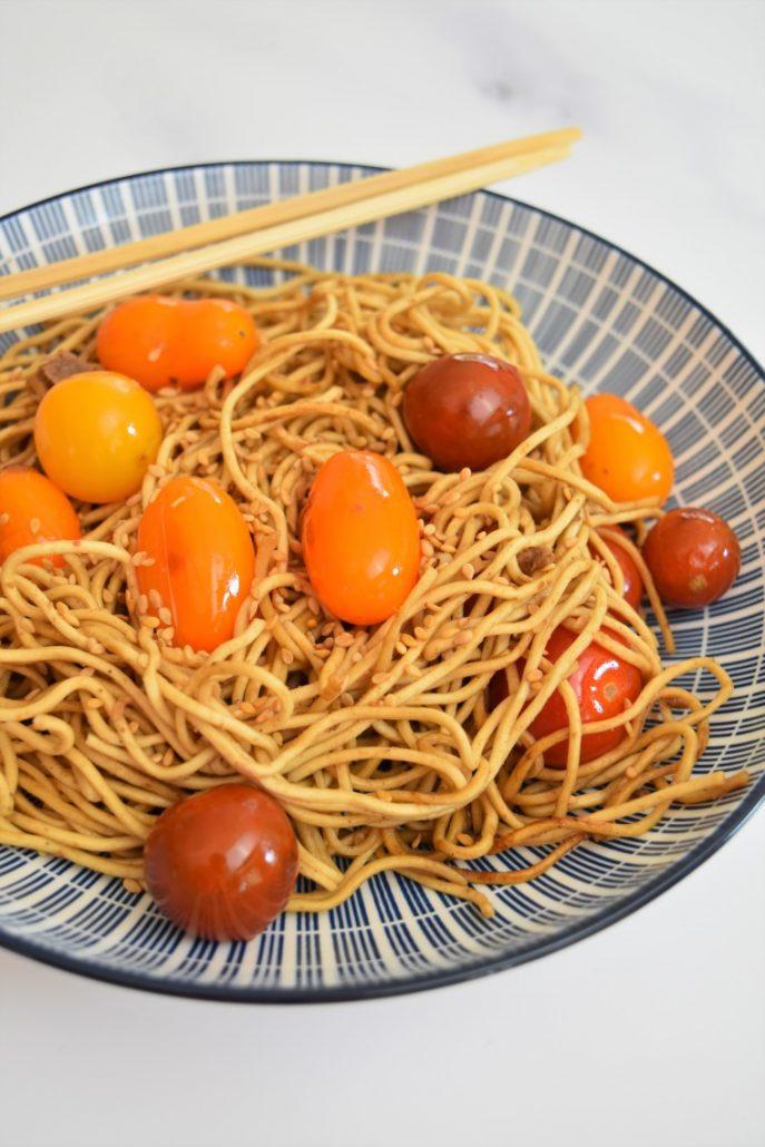 Nouilles chinoises sauce sésame