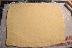 Rectangle de pâte briochée