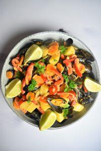 Moules au curry et légumes