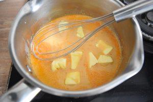 Bouillon au curry rouge crémeux