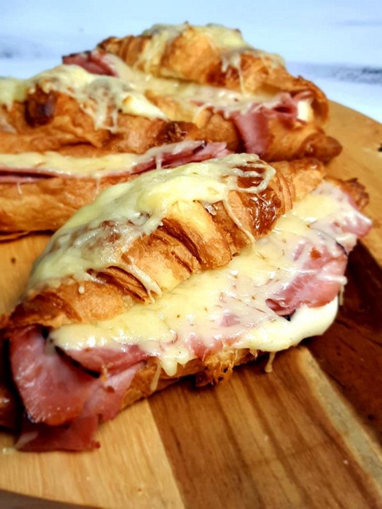 Croissants au jambon au companion