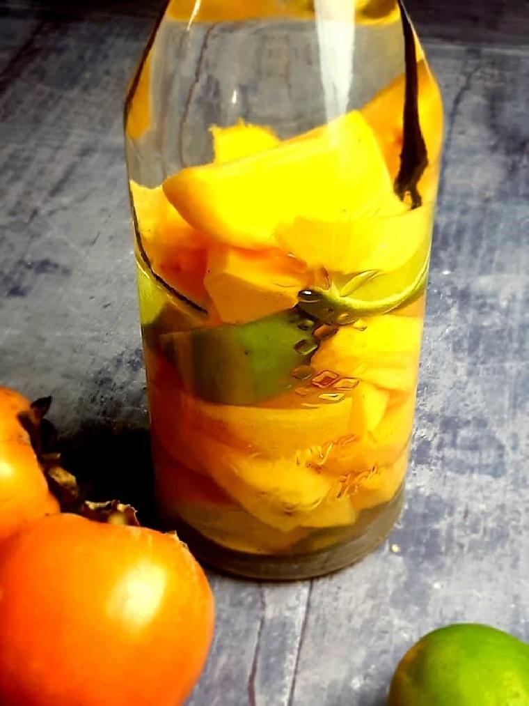 Rhum arrangé aux fruits exotiques