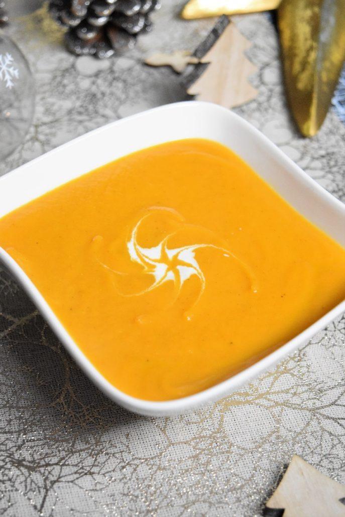 Velouté de patate douce, carotte, coco et curry au companion