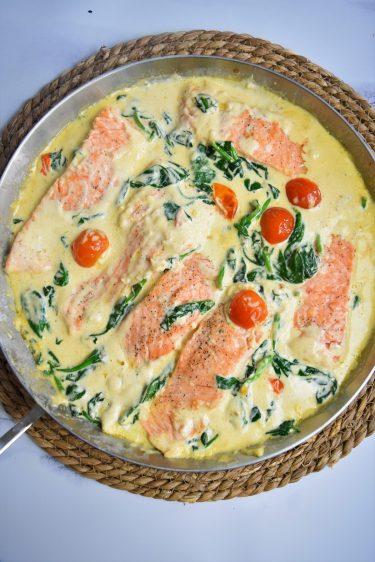 Saumon à la sauce toscane