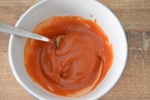 Sauce ketchup moutarde pour pain de viande