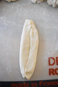 Faire les hot dog buns