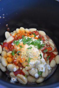 Gnocchi à la tomate et basilic au Cookeo