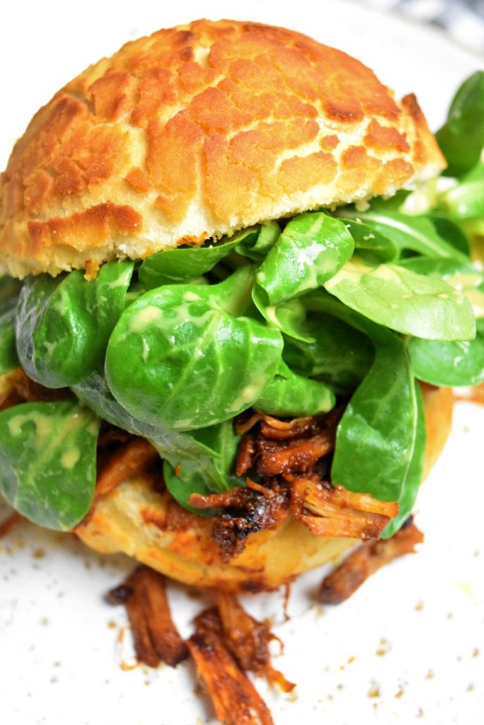 Burger au pain tigré