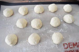 Boule de pâte à puits