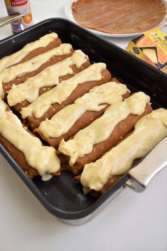 Crêpes au jambon avec béchamel au maroilles, avec crêpes à la chicorée