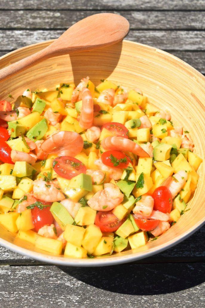 Salade de crevettes, mangue et avocat