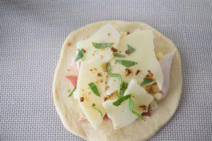 Gaufre pizza basilic