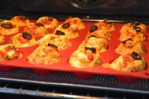 Cuisson des muffins façon pizza