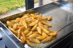 Potatoes sur plancha électrique