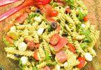 Salade de pâtes italienne au pesto de basilic