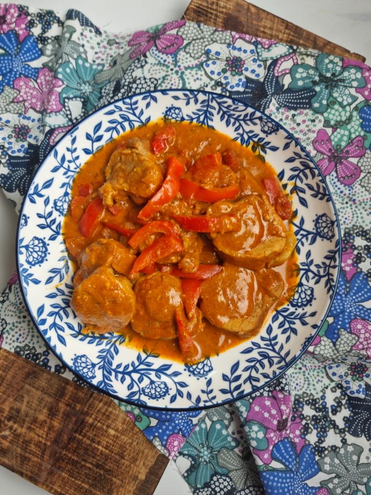 Filet mignon au curry et lait de coco