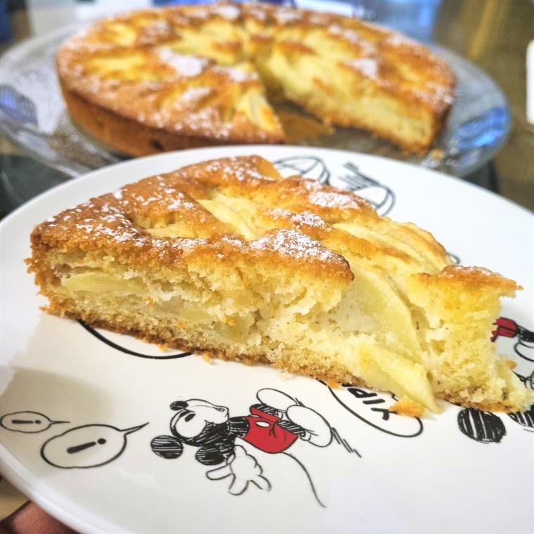 Part de tarte au suisse aux pommes