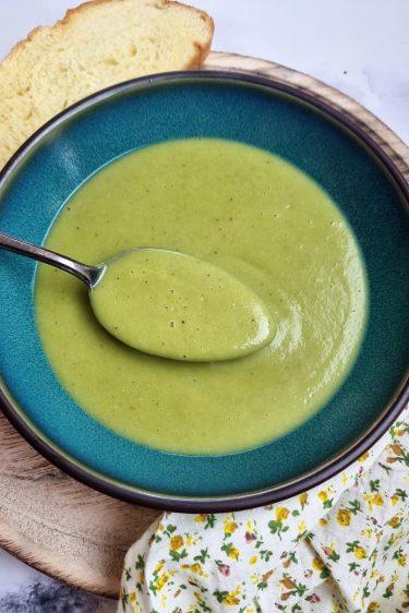 Soupe de haricots verts frais